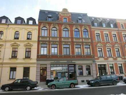 Gepflegte kleine Dachgeschoss-Wohnung mit großem Balkon - vermietet - in zentrumsnaher Stadtla