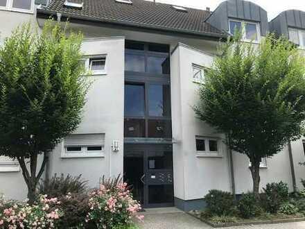 MA-Neuhermsheim: schicke 2-Zimmer-Wohnung mit Carport und großem Balkon in beliebter Wohnlage