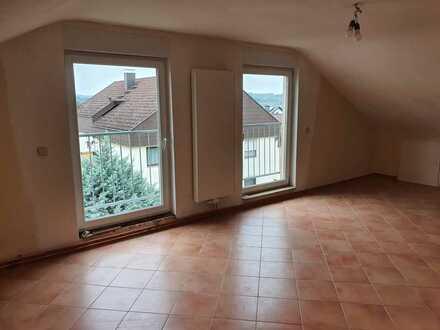 Ruhige 3-Zimmer-Wohnung in Niefern mit Aussicht