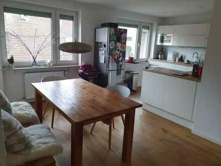 Stilvolle, modernisierte 3-Zimmer-Wohnung mit EBK in Mainz-Altstadt. 2 min zum Römischen Theater