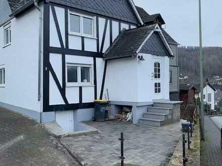 Schönes Haus mit fünf Zimmern in Betzdorf / Alsdorf
