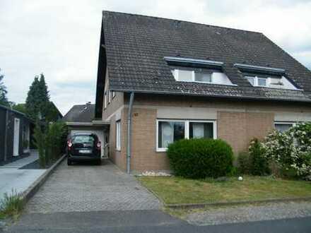 EFH (Doppelhaushälfte) in Porz-Langel zu vermieten
