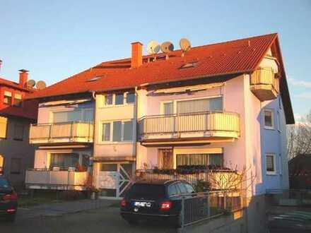 NEU! Gepflegte 4-5 ZKB-Eigentumswohnung mit EBK, 2 Balkonen, Stellplatz und TG-PLatz in Linkenheim!