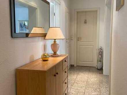 komfortable 5 Zimmerwohnung mit 2 Marmor Bädern in Park Nähe