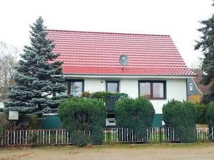 Dr.Lehner Immobilien NB -  Komfortables Einfamilienhaus mit Einlieger in Ostseenähe