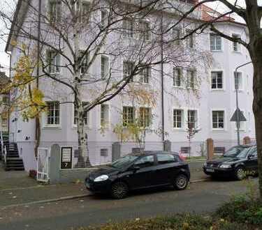 Provisionsfrei Schöne helle 3 Zi-Wohnung,komplett-Renoviert