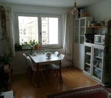 Schöne, helle 3-Zimmer-Wohnung im wunderschönen, zentral gelegenen Bismarckviertel, WG geeignet