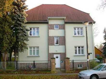 provisionsfrei 3 Zi DG Wohnung Berlin-Buch idyllisch im Grünen gelegen 4 Fam. Haus, frisch renoviert