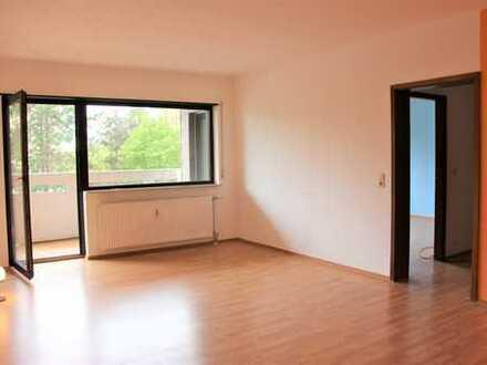 Gepflegte großzügige 2-Zimmer-Wohnung mit Balkon in Heppenheim