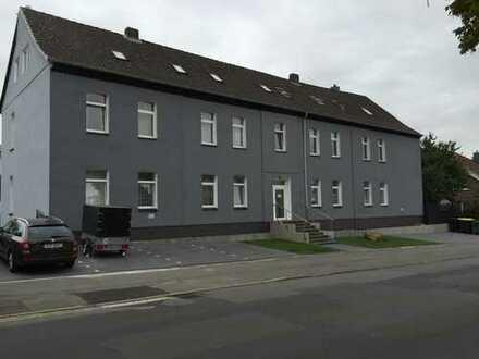 4 Zi. EG, Barsinghausen Zentrum (Eingang Fußgängerzone), Garten, Stellplatz, Gewerbe mögl.