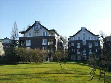 Schöne, zentral gelegene 2-Zimmer-Wohnung mit kleinem Garten in Winterhude