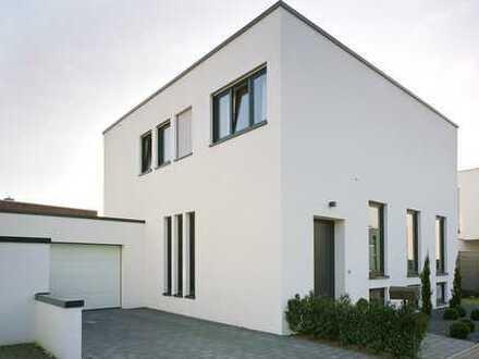 Schönes, geräumiges freistehendes Haus mit vier Zimmern in Bocholt- Lowick