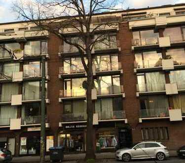 Stilvolle 3-Zimmer-Maisonette-Wohnung mit Balkon und Einbauküche in Düsseldorf