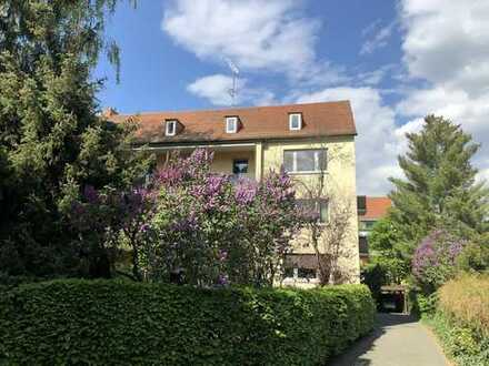 Helle 3-Zimmer-Wohnung nähe Stadtpark mit Loggia und Balkon in Nürnberg