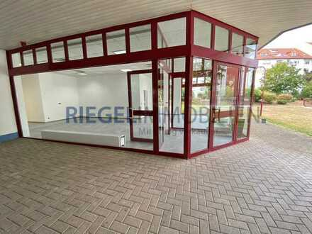 Sie hier? Wir auch! Tolles Ladengeschäft mit großen Fensterflächen, Barrierefreier Zugang !