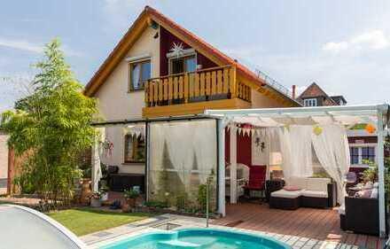 HOMESK - Tolles Einfamilienhaus mit großem Garten, Pool und Sauna im ruhigen Kaulsdorf