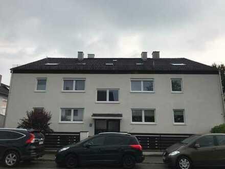 Schöne, ruhige zwei Zimmer DG-Wohnung in Starnberg (Kreis), Gilching