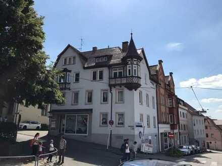 Vollständig renovierte 4-Zimmer-Wohnung mit Balkon in Backnang
