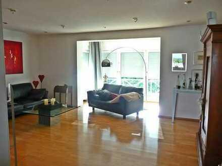 Traumhaft schöne Wohnung im Zweifamilienhaus