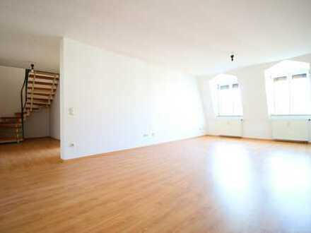 Exklusive, lichtdurchflutete Maisonette Wohnung mit 6 Zimmern & repräsentativer Galerie