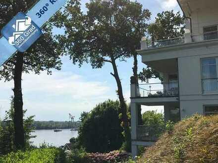 Exklusives Wohnen direkt an der Elbe! 3-Zimmer-Maisonette-Wohnung mit Terrasse und eigenem Garten