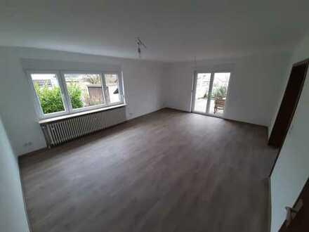 Erstbezug nach Sanierung: freundliche 5-Zimmer-Wohnung mit großer Terrasse und Garten in Einselthum