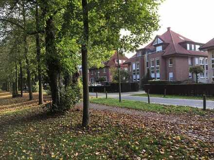 Alt-Mauritz, helle 5-Zimmer-Wohnung mit Garten, Terrasse und Einzel-Garage