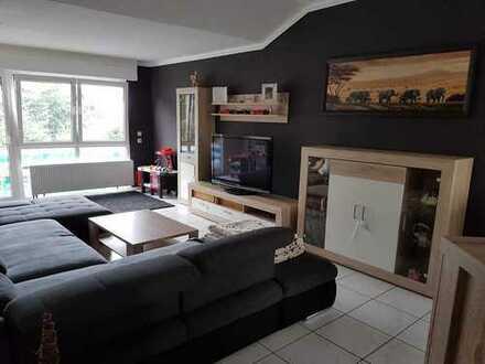 Neuwertige 4-Zimmer-Penthouse-Wohnung mit Balkon in Emmelshausen