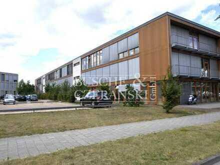 Martin-Luther-King-Weg || 292 m² || frei ab sofort!