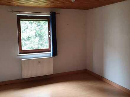 2,5 Zi. Altbau-Wohnung mit Einbauküche in Feldkirchen