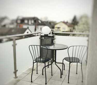 Freundliche 3-Zimmer-DG-Wohnung mit Balkon und Einbauküche in Baden-Baden