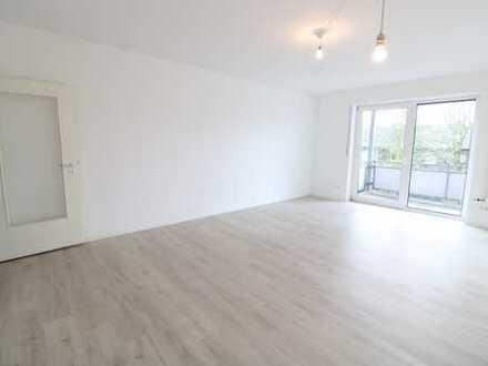 Schöne 4-Zimmer Wohnung mit Balkon