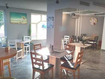 Nachmieter gesucht! In Betrieb ! Gewölbekeller-Restaurant mit Eiscafe/Laden im EG Ortsmitte