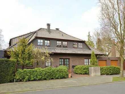 TT Immobilien bietet Ihnen: Winkel-Walmdachhaus mit ebenerdigem Wohnkonzept in Schaar!