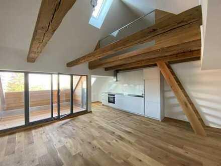 Für individuelles, anspruchvolles Wohnen: 2,5-Zimmer-Dachwohnung mit Galerie und Loggia