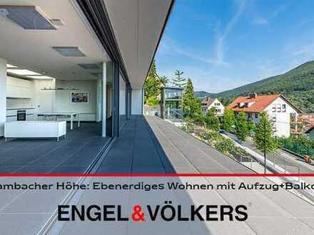 Hambacher Höhe: Architektenhaus mit Aufzug und Ausblick!