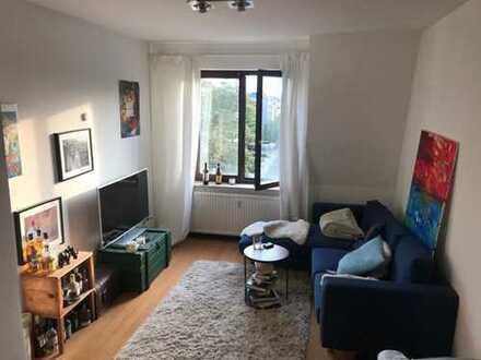 Stilvolle 2-Zimmer-Wohnung mit Einbauküche in Bayenthal, Köln