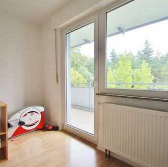 Befristet bis 14.04.2020: attraktive 2-Zimmer-Wohnung mit Balkon und Einbauküche in Rutesheim