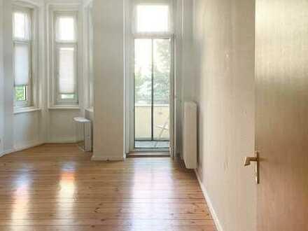 2-Zimmer-Wohnung mit Südbalkon und Einbauküche in Mariendorf (Tempelhof), Berlin