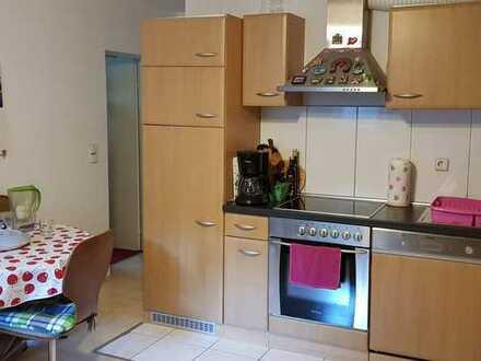 Möblierte 2-Zimmer-Wohnung mit EBK in Aichtal