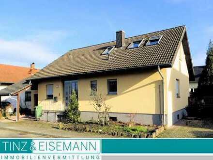 Freistehendes Einfamilienhaus in Ortsrandlage in Graben-Neudorf