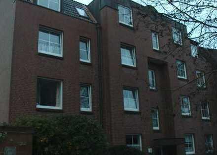 Renovierte 3,5 Zimmerwohnung mit Terrasse und neuer EBK
