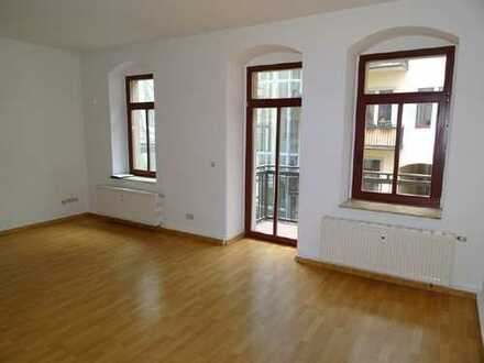 Martin-Luther-Platz: Hinterhaus mit Balkon und EBK