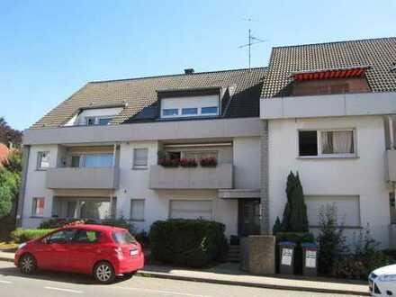 Innenstadtnahe, großzügige 2,5 Zimmer ETW. mit 72,50 m² Wfl., Balkon u. Garage.
