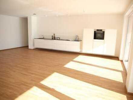 Erstbezug einer 3-Zimmer-Wohnung incl. Küche