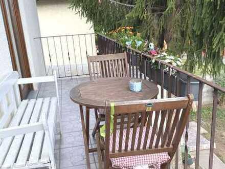 schöne 3 ZKB mit Balkon 1. OG ruhige Lage