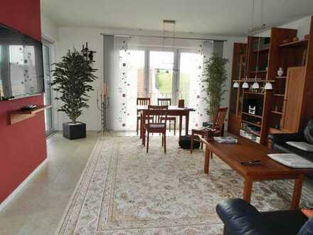 Neuwertige 3 Zimmerwohnung mit Balkon in Bad Abbach