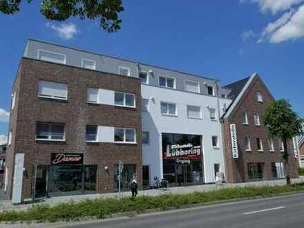 Neuwertige-Oberg.-Gewerbefläche in verkehrsgünstiger Lage von Papenburg-Untenende, www.deWeerdt.de