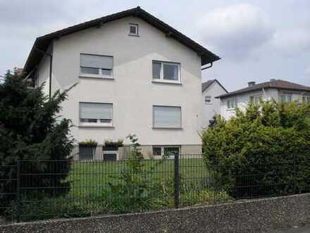 Entspanntes Wohnen in der Kurstadt auf ca. 90 m² mit Garten und Terrasse !