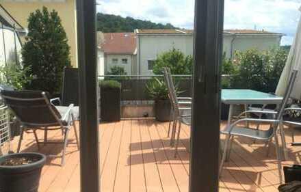 Traumhaft schöne, sonnige 5-6 Zim. Wohnung in ruhiger City Lage mit großer Süd Terrasse